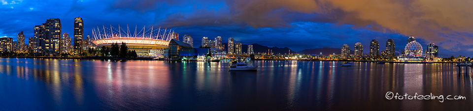 BC Place Stadium, Plaza of Nations, Downtown und Science World, False Creek, Vancouver, Kanada